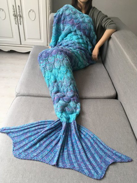 Как рыба на диване: Пледы в виде русалочьих хвостов. Изображение № 1.