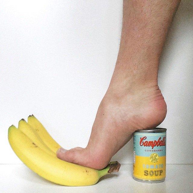 Новый тренд Instagram — «туфли» из подручных предметов. Изображение № 9.
