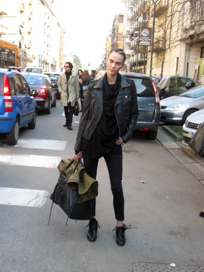 Изображение 14. Milan Fashion Week: день третий – луки.. Изображение № 27.