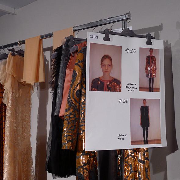 Изображение 43. Milan Fashion Week: бэкстейдж Alberta Ferretti.. Изображение № 45.