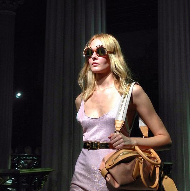 Главные показы  четвертого дня  Paris Fashion Week. Изображение № 8.