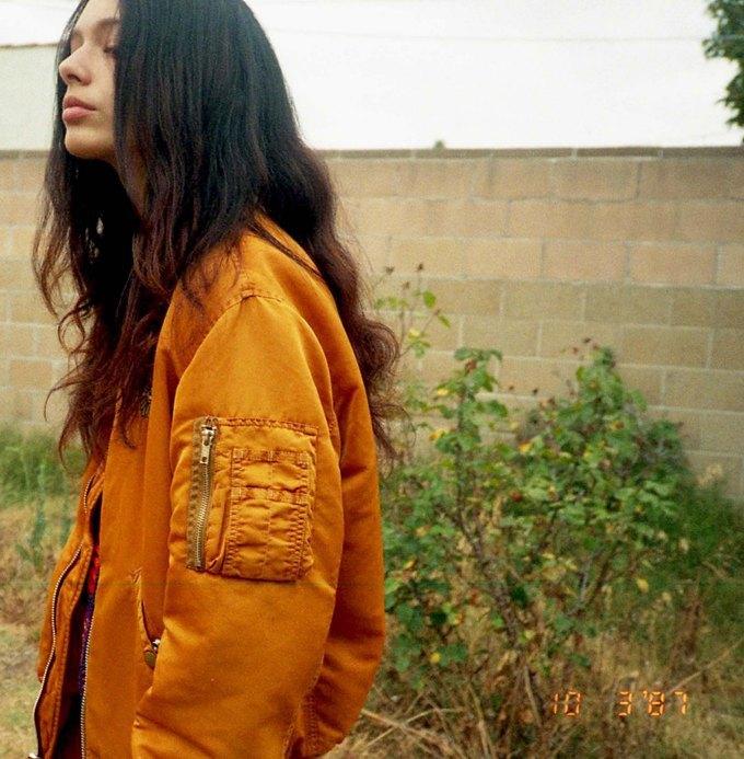 MadeMe:  «Девичья» марка уличной  одежды из Нью-Йорка. Изображение № 2.