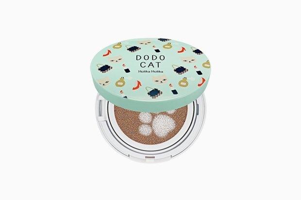 Holika Holika Face 2 Change DoDo Cat Glow Cushion BB. Корейская марка делает идеальные кушоны — и упаковки, которые растопят самые холодные сердца.. Изображение № 15.