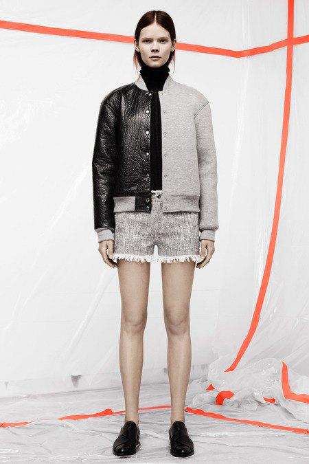 Кожаные толстовки и брюки в коллекции T by Alexander Wang. Изображение № 14.