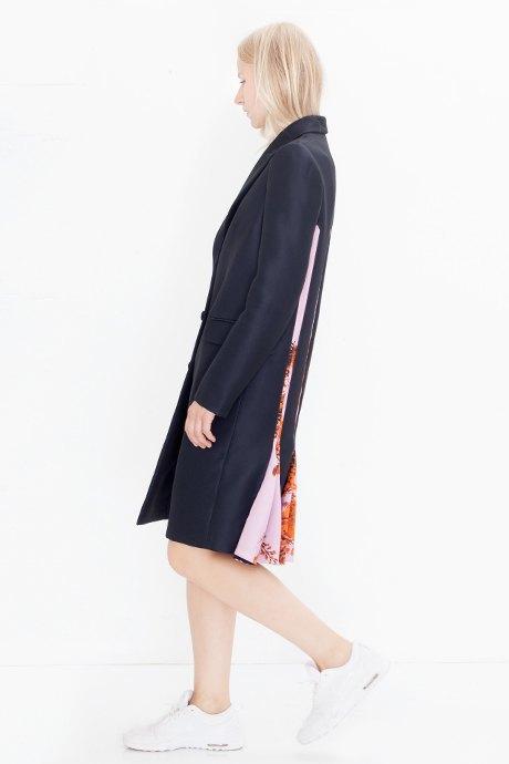 Директор моды Glamour Катя Климова о любимых нарядах. Изображение № 17.