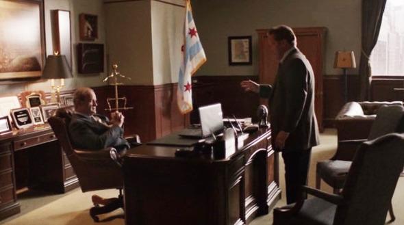 Эпизод 4. Мужчина справа недоволен тем, что теперь не его компания будет заниматься доставкой обедов в школы. Изображение № 34.