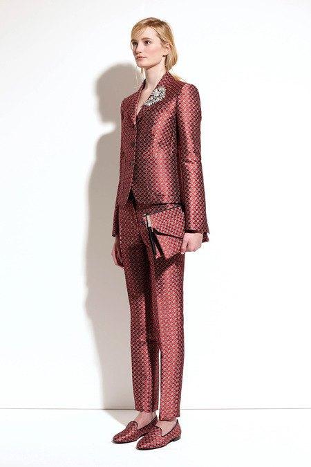 Пальто и костюмы в лукбуке новой коллекции Michael Kors. Изображение № 19.