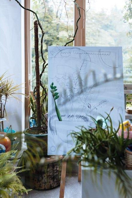 Художник Маша Сомик у себя в гостиной. Изображение № 19.