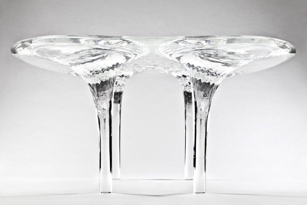 Коллекция «ледяной» мебели Захи Хадид. Изображение № 3.