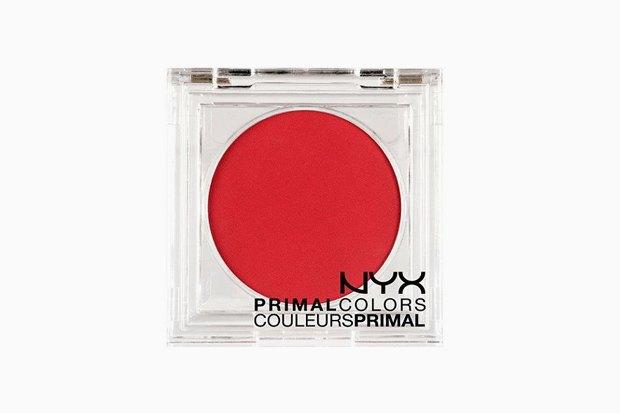 Красное всё: Тени, румяна, карандаши и пигменты для актуального макияжа. Изображение № 2.