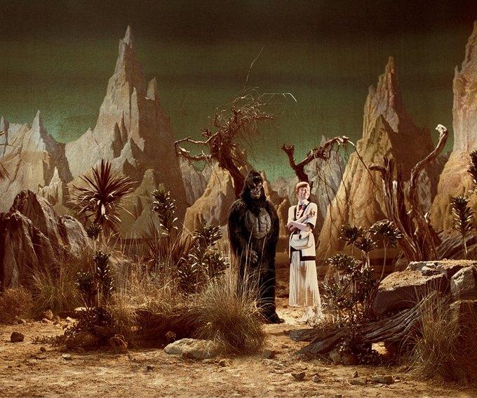 В новой кампании Gucci снялись пришельцы  и динозавры. Изображение № 31.