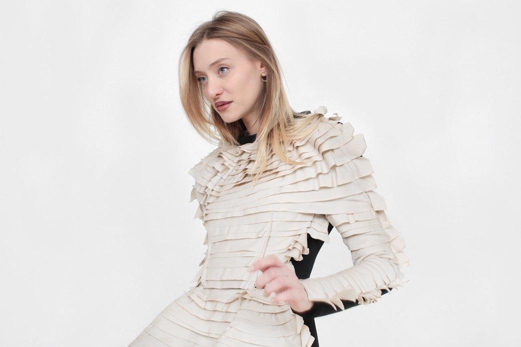 Телеведущая и модель Маша Миногарова о любимых нарядах. Изображение № 1.