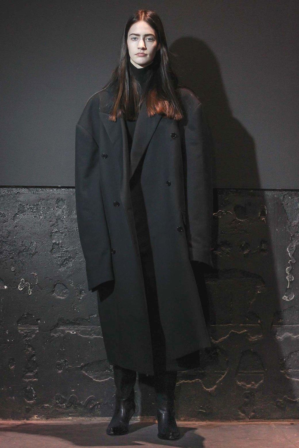 Гиперсайз: Мода для тех, кому не важен размер одежды. Изображение № 8.