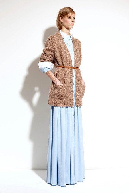 Пальто и костюмы в лукбуке новой коллекции Michael Kors. Изображение № 26.