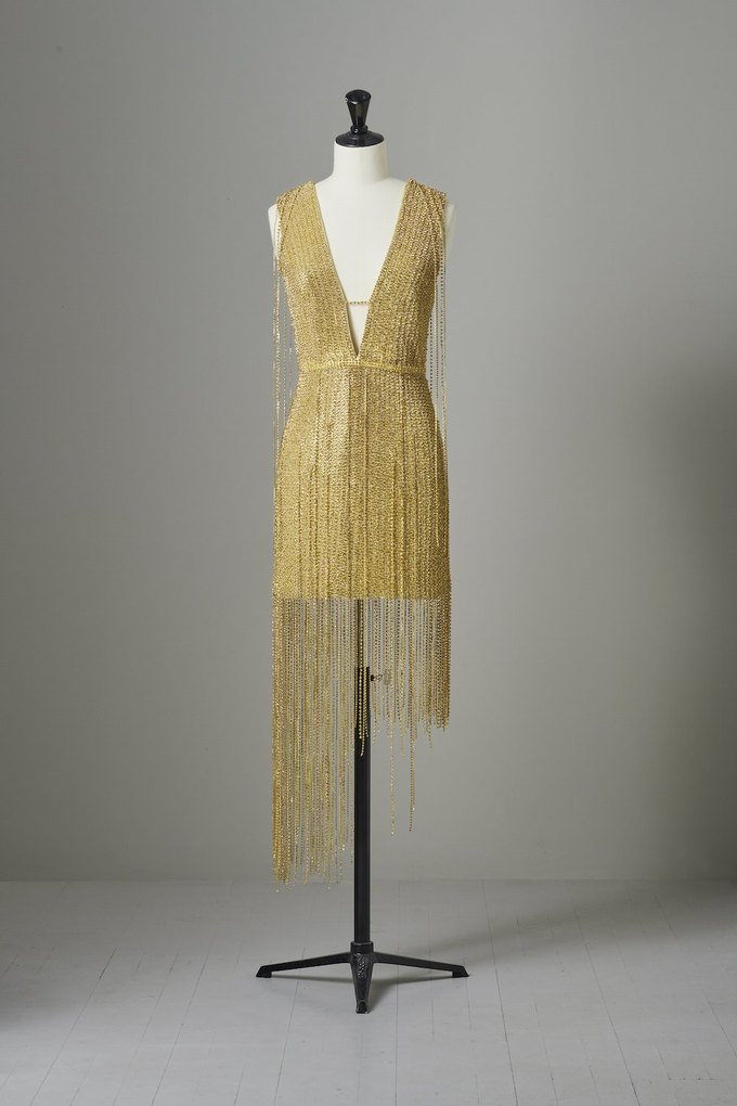H&M выпустили коллекцию платьев по случаю Met Gala. Изображение № 5.