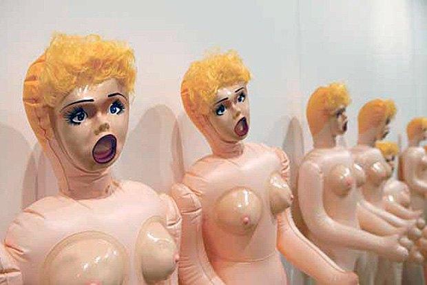 Предметный разговор: 10 арт-объектов в виде женского тела. Изображение № 3.