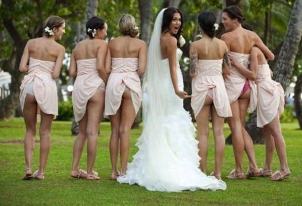 Голые задницы — новый тренд свадебной фотографии. Изображение № 2.
