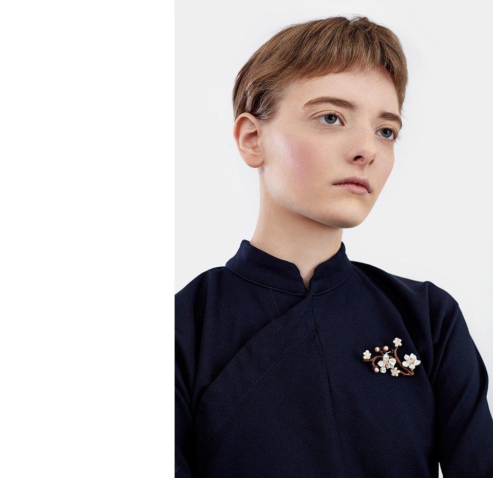 Нежный возраст:  Блузы и рубашки  с высоким воротом. Изображение № 8.
