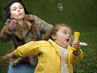 Падающая Скарлетт Йоханссон стала новым интернет-мемом. Изображение № 2.