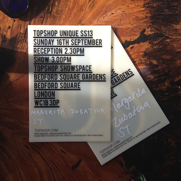 Дневник стилиста: Тесс Йопп о пирожных, 90-х и бегемотах в очках. Изображение № 23.