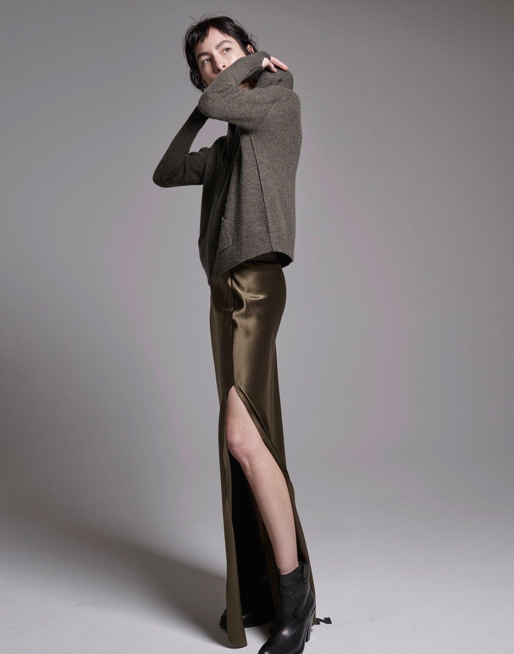 С чем носить худи: 8 необычных образов . Изображение № 2.