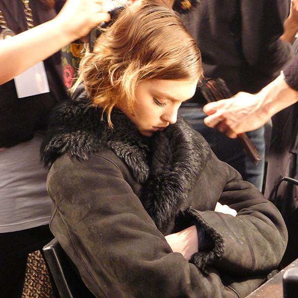 Изображение 65. Milan Fashion Week: бэкстейдж Alberta Ferretti.. Изображение № 14.