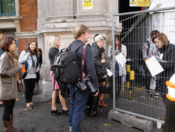 London Fashion Week: Репортаж с бэкстейджей House of Holland и Vivienne Westwood. Изображение № 14.