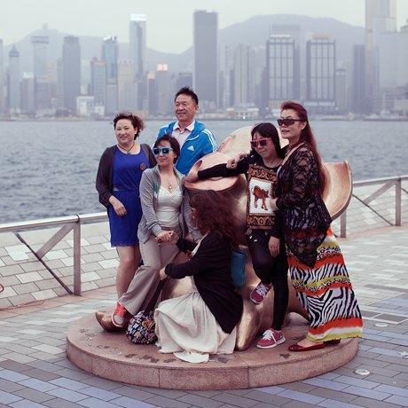«Self Promenade»: Любители селфи в Гонконге. Изображение № 14.