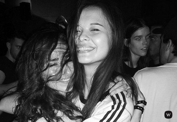 Что происходит  на вечеринках парижской Недели моды. Изображение № 5.