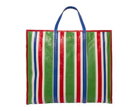 Пакеты, бермуды, оборки и полоска: 38 тенденций на весь год. Изображение № 8.