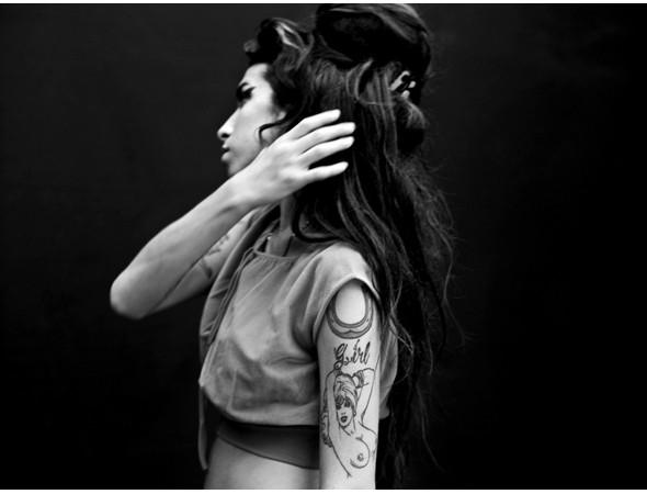 Певица Эми Вайнхаус. Изображение № 33.