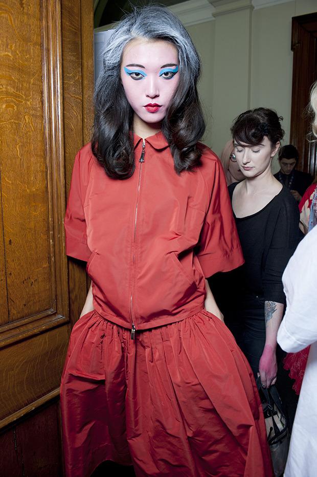 Неделя моды в Лондоне: Бэкстейджи. Изображение № 4.