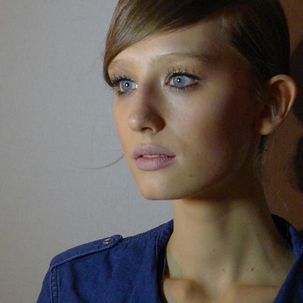 Изображение 34. Milan Fashion Week: бэкстейдж Alberta Ferretti.. Изображение № 20.