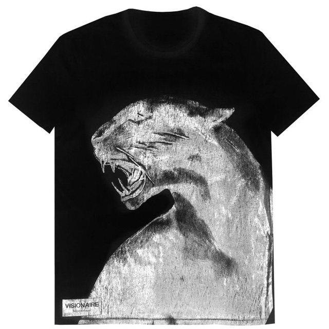 Gap и Visionaire запустили совместную линию футболок. Изображение № 3.