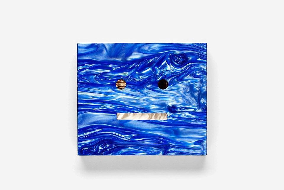 Мраморный клатч Acne. Изображение № 1.