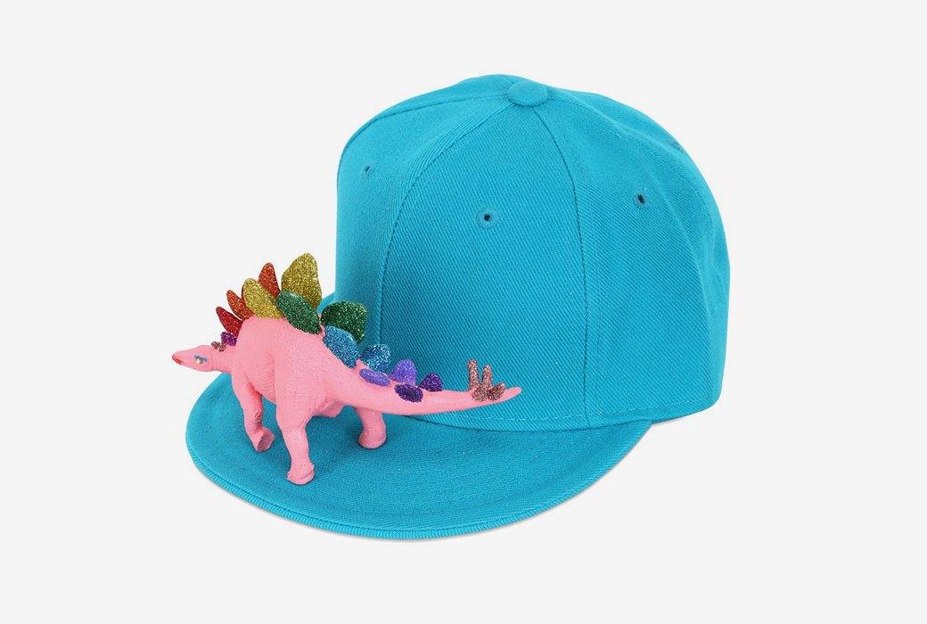 Бейсболка Piers Atkinson  с розовым динозавром. Изображение № 1.