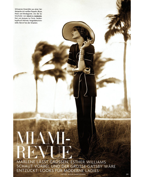 Съёмка в немецком Vogue, март 2009. Изображение № 85.