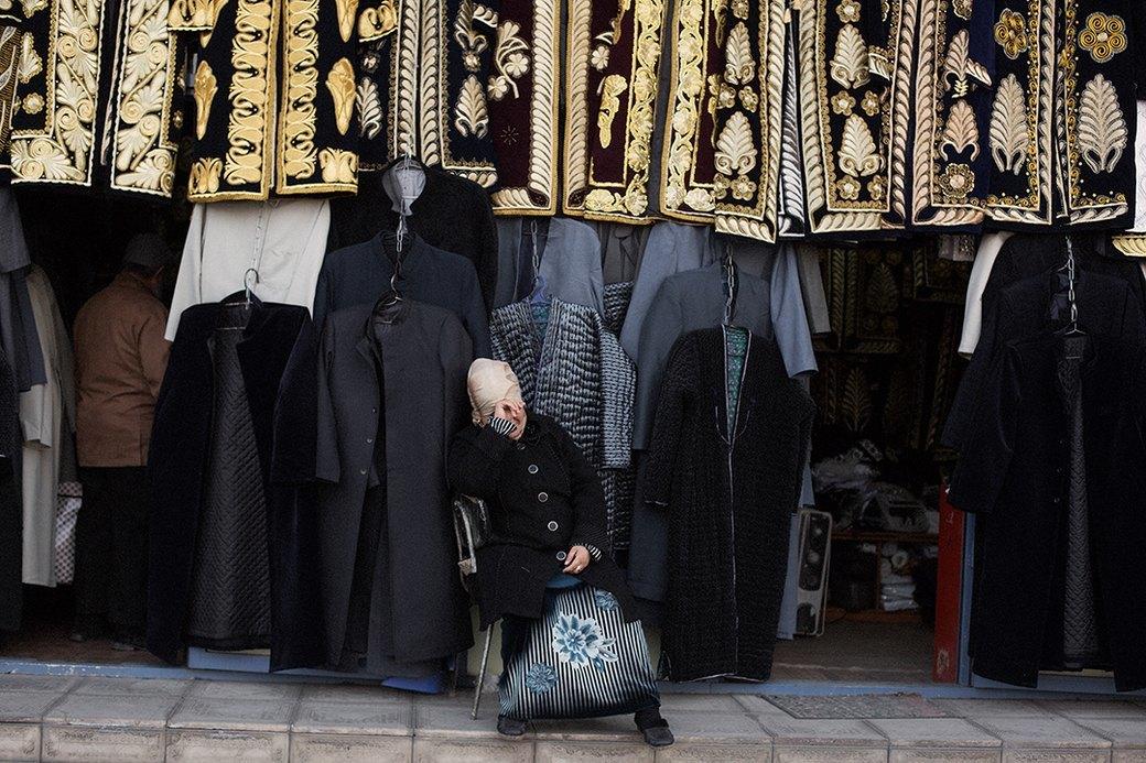 Жительницы Узбекистана в новом лукбуке J.Kim. Изображение № 1.