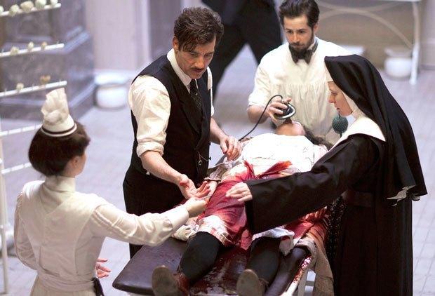 По локоть в крови: Как «The Knick» стал лучшим сериалом сезона. Изображение № 1.