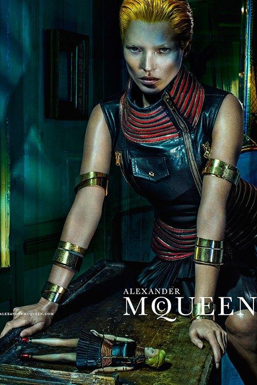 Кейт Мосс стала новым лицом Alexander McQueen. Изображение № 2.