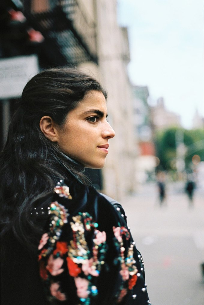 Леандра Медин провела экскурсию по Нью-Йорку  в фильме Mango. Изображение № 2.