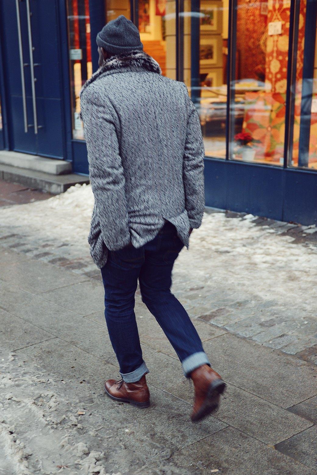 Шубы и горох на Stockholm Fashion Week. Изображение № 13.