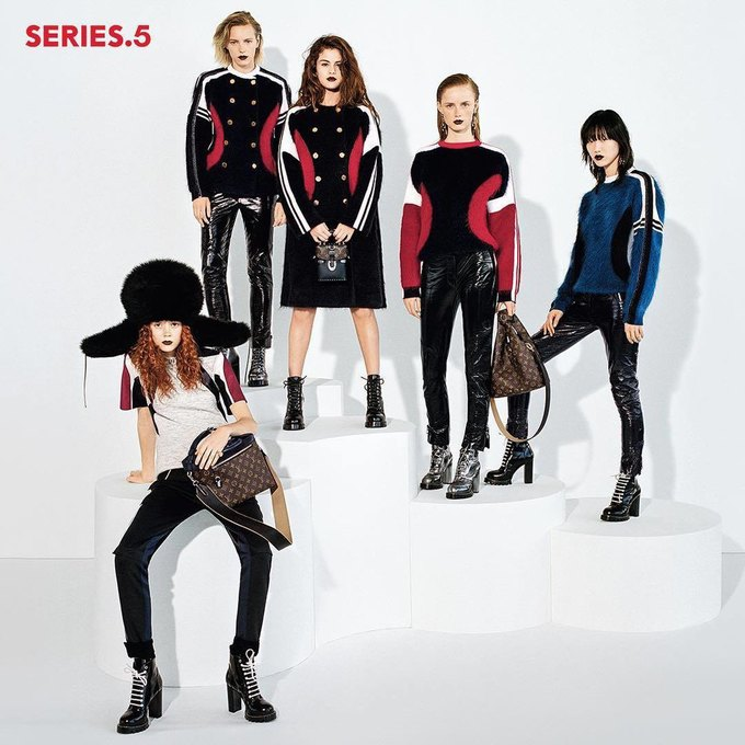 Селена Гомес стала лицом новой коллекции Louis Vuitton. Изображение № 3.