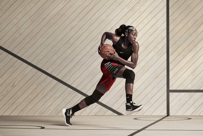 Nike выпустили коллекцию женской баскетбольной одежды. Изображение № 2.