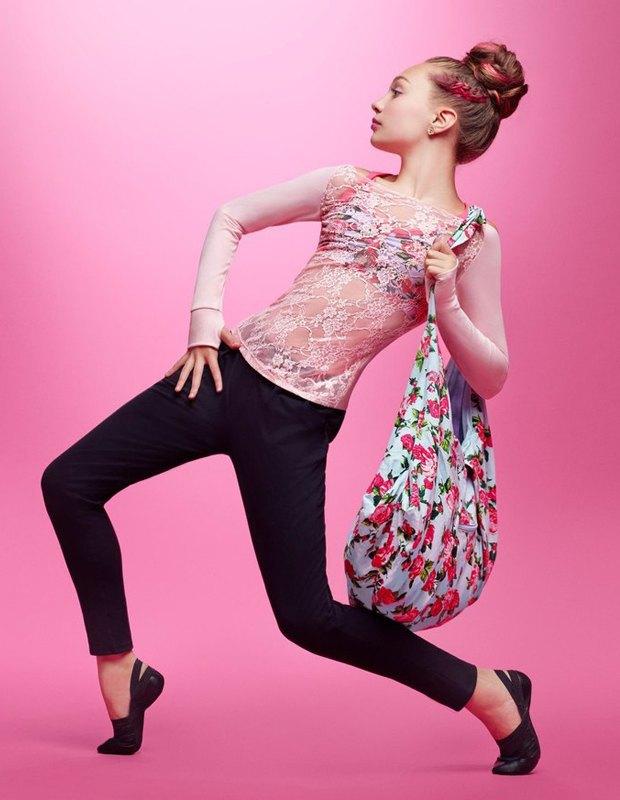 Танцовщица Мэдди Зиглер снялась в рекламной кампании Capezio. Изображение № 2.