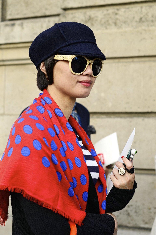 Парень в камуфляже, девушка-Микки-Маус и другие гости Paris Fashion Week. Изображение № 26.