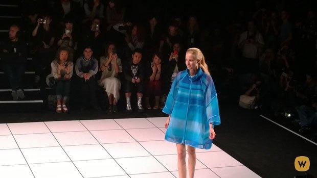 Прямой репортаж  с Paris Fashion Week:  День 4. Изображение № 33.