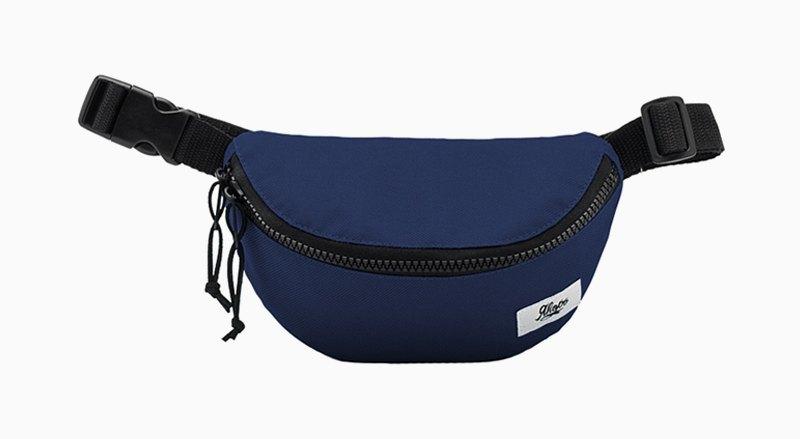 Освободи руки: 10 поясных сумок от простых до роскошных. Изображение № 11.