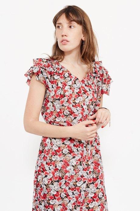 Младший редактор Vogue Олеся Седова о любимых нарядах. Изображение № 21.