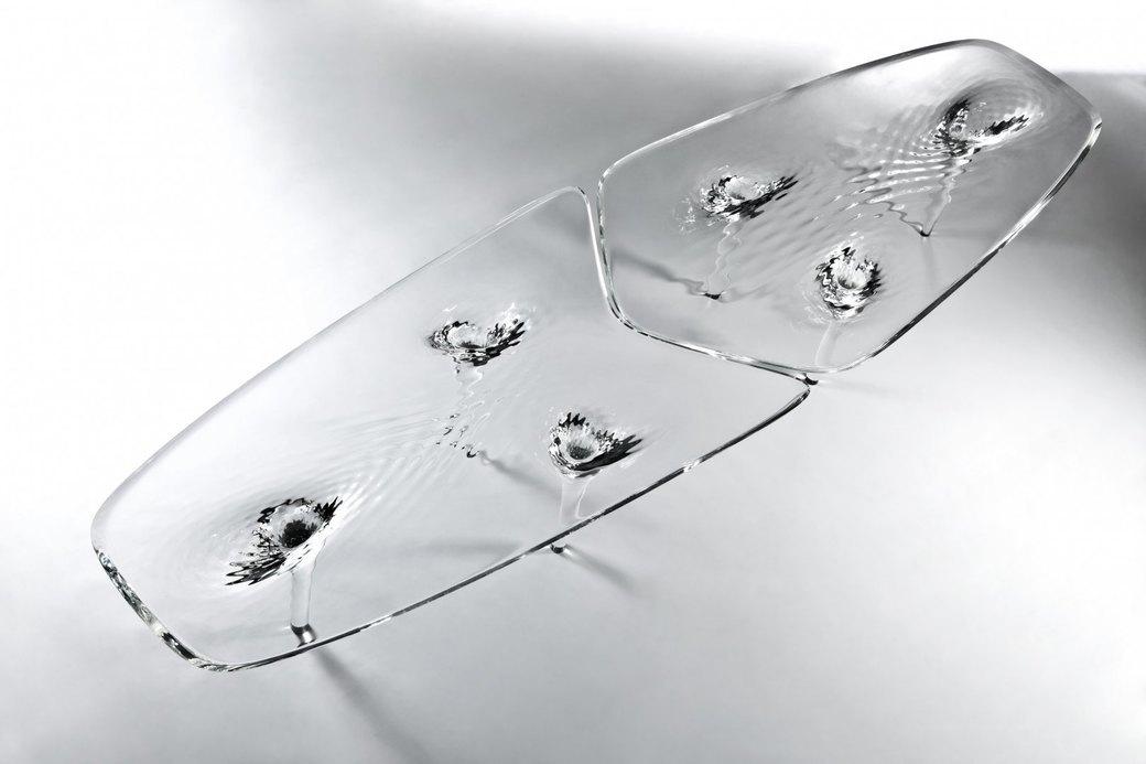 Коллекция «ледяной» мебели Захи Хадид. Изображение № 7.